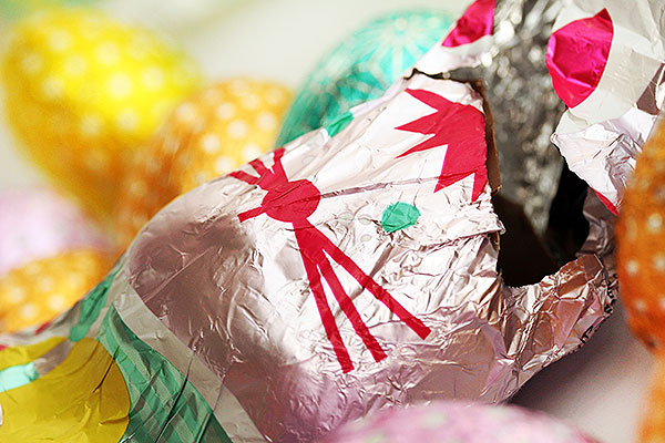 Blog over hoe ik de paashaas tegenkwam met foto van chocolade paashaas