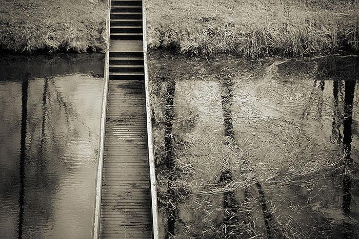 Bovenaanzicht van de Mozesbrug, een bijzondere brug nabij Halsteren
