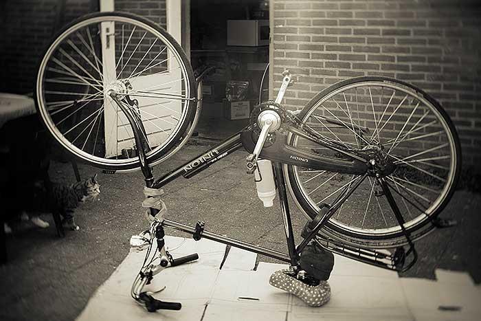 Van een versleten band naar nieuwe ketting, mijn fiets bij mijn persoonlijke fietsenmaker