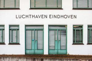 Luchthaven Eindhoven gebouw